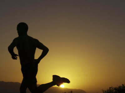 silhouette-of-a-man-running1