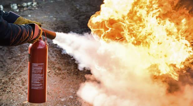 Fire-Extinguisher-blaze